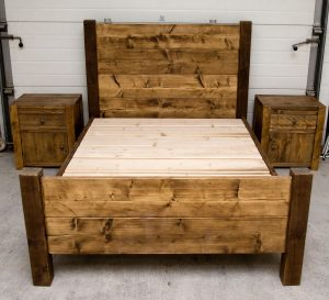 Hardwick Rustic Bed with bed sides